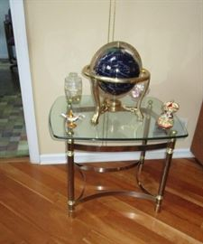 SIDE TABLE, GLOBE