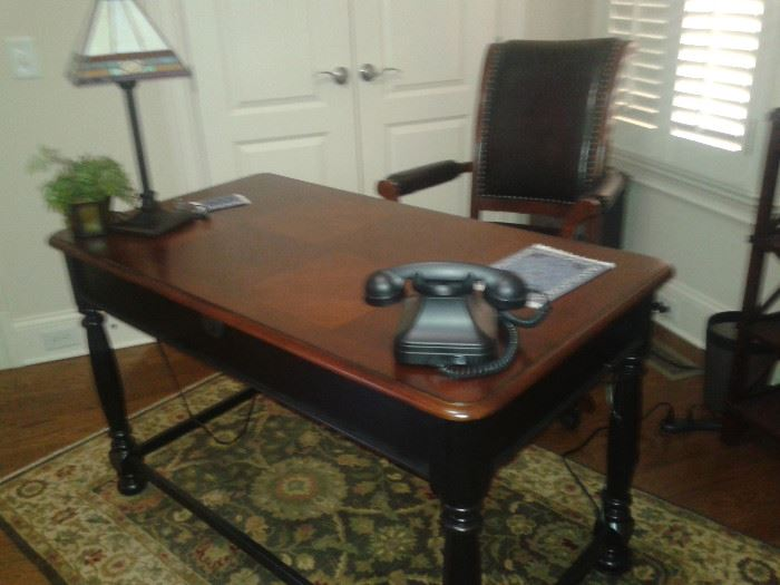 Westbury Desk and Desk chair-Haverty's