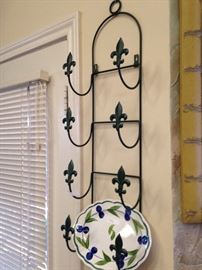 4-plate wall rack