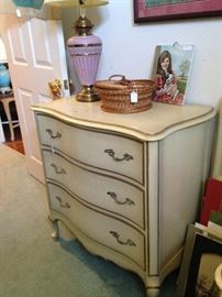 French Provincial 3-drawer chest