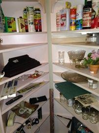 2 corner cabinets