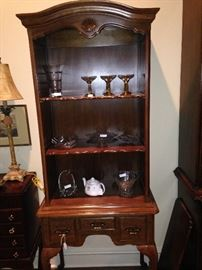 Display cabinet with shelf and drawer storage