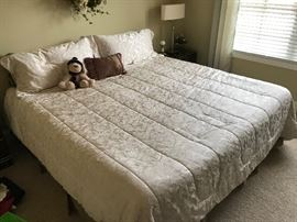 King size Water Bed.