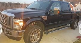 2010 FORD F-250 Super Duty Lariat Crew Cab 4WD more pictures at the end of photo album.