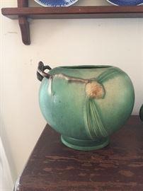 Roseville Pinecone rosebowl