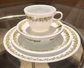 """Corelle  """"Crazy Daisy"""" dish set.  There are 4 of these sets in the original boxes."""