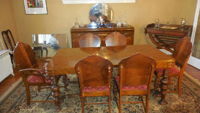 Dining Room This Antique 1920 30 Set Is Very Handsome The Table 60 X 39 Plus One 12 Leaf And Pads Six Chairs Are Priced Separately