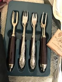 Pickle Fork Set