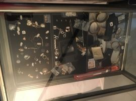 More jewelry, pins