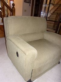 Matching sofa/couch dual recline with reclining chair