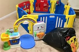 Baby playpen fence  Baby play kitchen