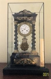 This clock is in great working order.