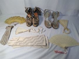 (8) Vintage Clothing Pieces   http://www.ctonlineauctions.com/detail.asp?id=685582
