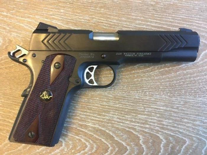 1911 Dan Wesson PMD Point Man .45cal