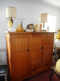 Oak Paneled Media Center.Storage. Use Re purpose it, shelves, Drawers..