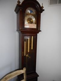 Ridgeway Grandmother Clock. Brass Weights.