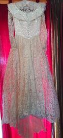 1940's Harzfelds Wedding Dress sz 12 w( Silk button front & sleeves, Headpiece w veil, Petticoat w hoop, great quality-great shape...