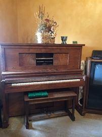 Fernando Cecilian player piano