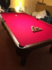 BEAUTIFUL POOL TABLE!