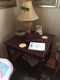 Side Table / Lamps