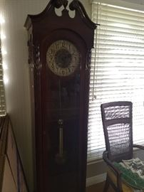 Stunning antique grandfather clock in working condition