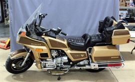 1985 Honda 10th Anniversary Limited Edition GL1200 Goldwing Motorcycle, VIN # 1HFSC146XFA113452, 1200 cc, 4 Cyl, 15,725 Miles