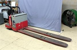 Raymond 8400 Ride Along Electric Pallet Jack w/ Hobart Charger, 8 Ft Forks, 6000 Lbs Capacity, 24V, 2003 Hours, SN# 840-?9-83794