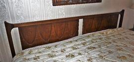 Broyhill Brasilia bedroom set