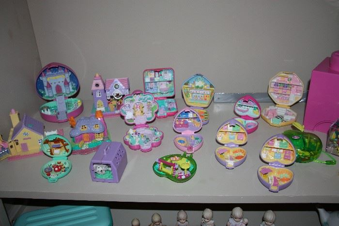 Large selection of Polly Pocket toys