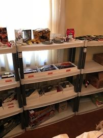 Other collectibles! Lionel train sets!