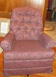 Charles Schneider Quality Made Swivel Chair