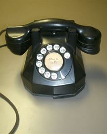 1950'S ROTARY DIAL DESK TOP PHONE