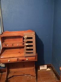 Great small dresser for kids or accept use.