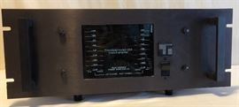AMP, Threshold Model 400A Class A Amplifier-Rack Mount            http://www.ctonlineauctions.com/detail.asp?id=683283