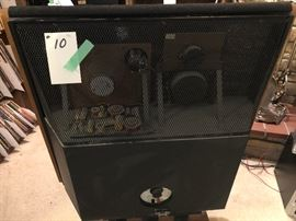 Speakers, Pair of DQ-10 Dahlquist Phased Array     http://www.ctonlineauctions.com/detail.asp?id=683289