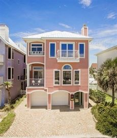 YOU'LL KNOW YOU ARE HERE WHEN YOU SEE THE PINK HOUSE JUST A FEW DOORS DOWN FROM PEGLEG PETE'S.  THERE IS PLENTY OF PARKING ACROSS FORT PICKENS ROAD IF NEEDED.