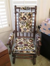 Older-style Chair with Glider mechanism