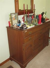 Ethan Allen Sideboard & dining table and chairs