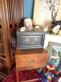 Vintage Mah Jong set