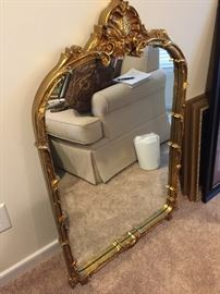 HEAVY DECORATIVE MIRROR