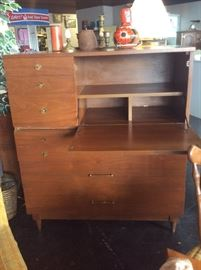Mid Century Modern 2-Piece Chest w/Desk