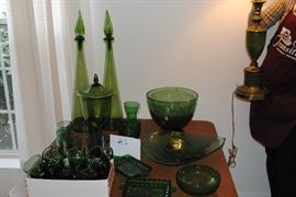 Vintage green glassware  http://www.ctonlineauctions.com/detail.asp?id=685739