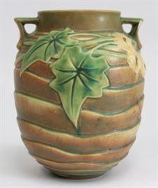 Lot 31: Roseville Luffa Vase