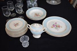 "Homer Laughlin ""Georgian"" in blue/eggshell china set"