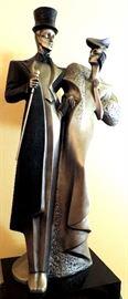 Austin Sculpture, The Ritz, Art Deco Couple Statue