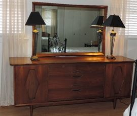 Mid Century Modern Vanity and Mirror, Kent Coffey, The Greenbrier, Pair of Metal Lamps