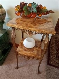 Very nice Onyx plant stand