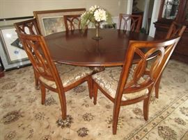 Round Formal Dining Table and 6 Chairs