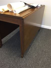 Side of Gate Leg Table