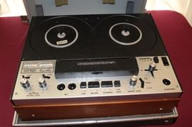 Vintage Audio Reel-to-reel Recorder
